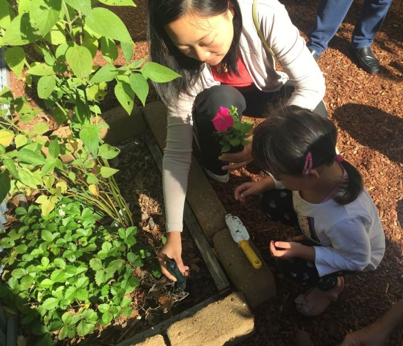 NL26FEB18-PRESCHOOL-PLANTING1.jpeg-SMALL.jpg